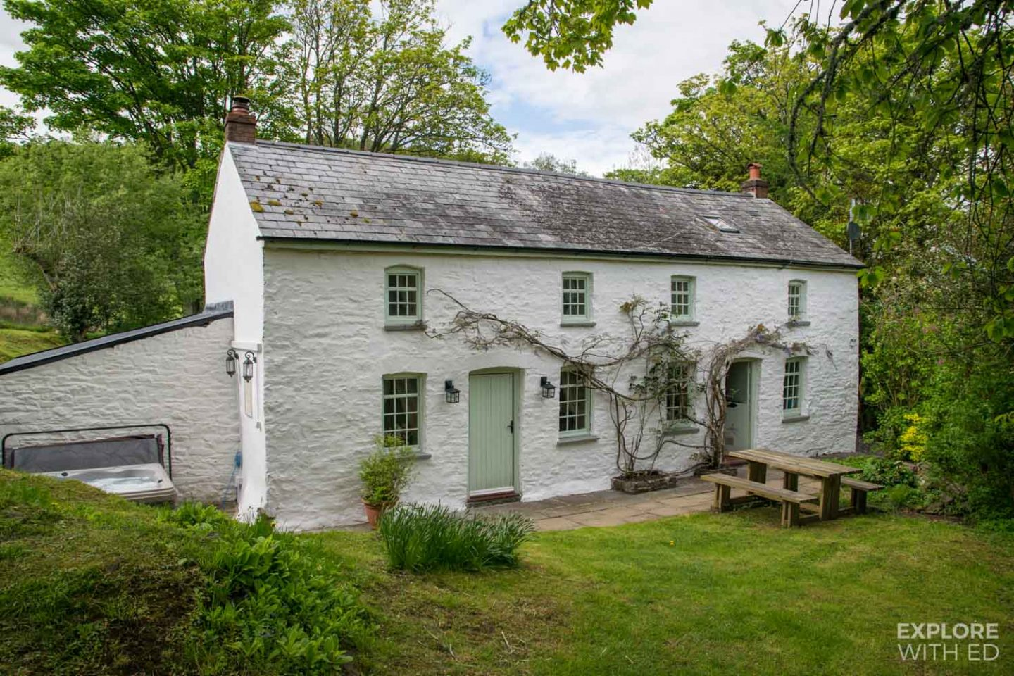 7 beautiful places to stay in Wales