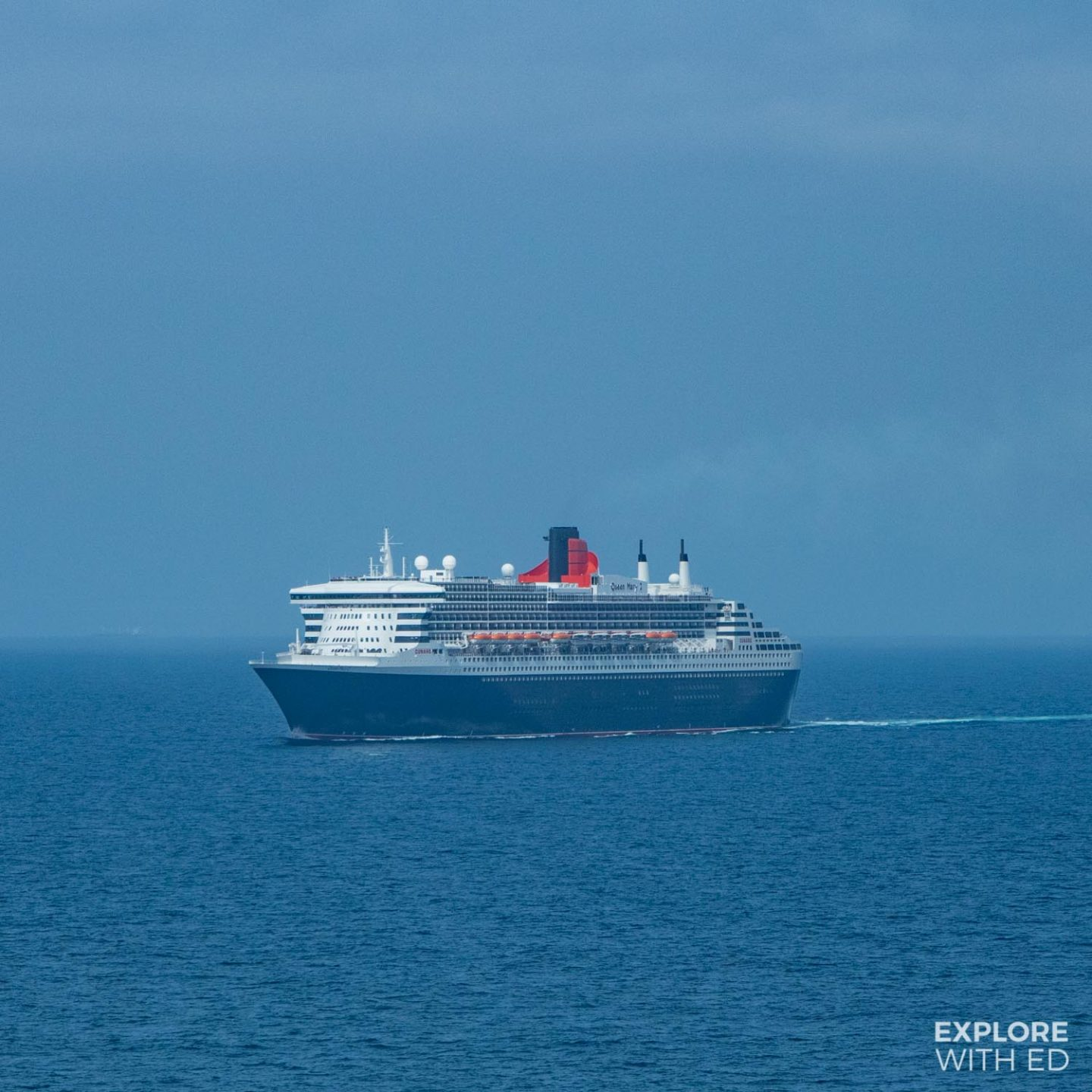 Cunard Cruises Queen Victoria at Sea