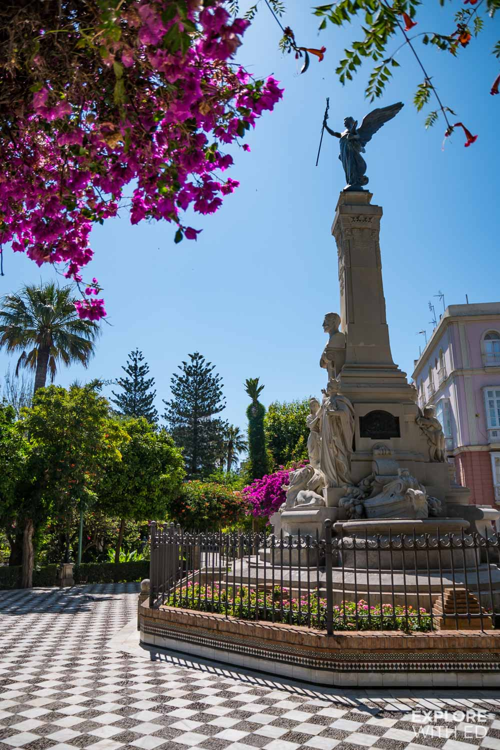 Parks and Gardens Walking Tour in Cadiz, Spain