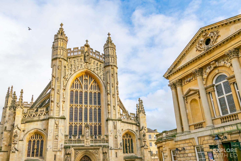 Bath Abbey and Churchyard, a popular photo spot in Bath city centre
